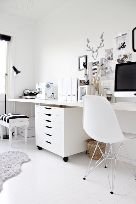 black-white-home-office-cococozy-5