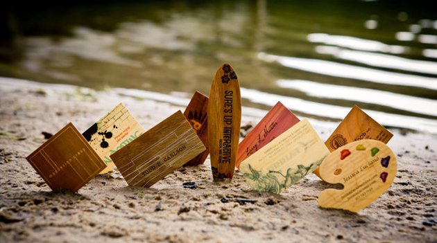 collection-of-wooden-business-cards